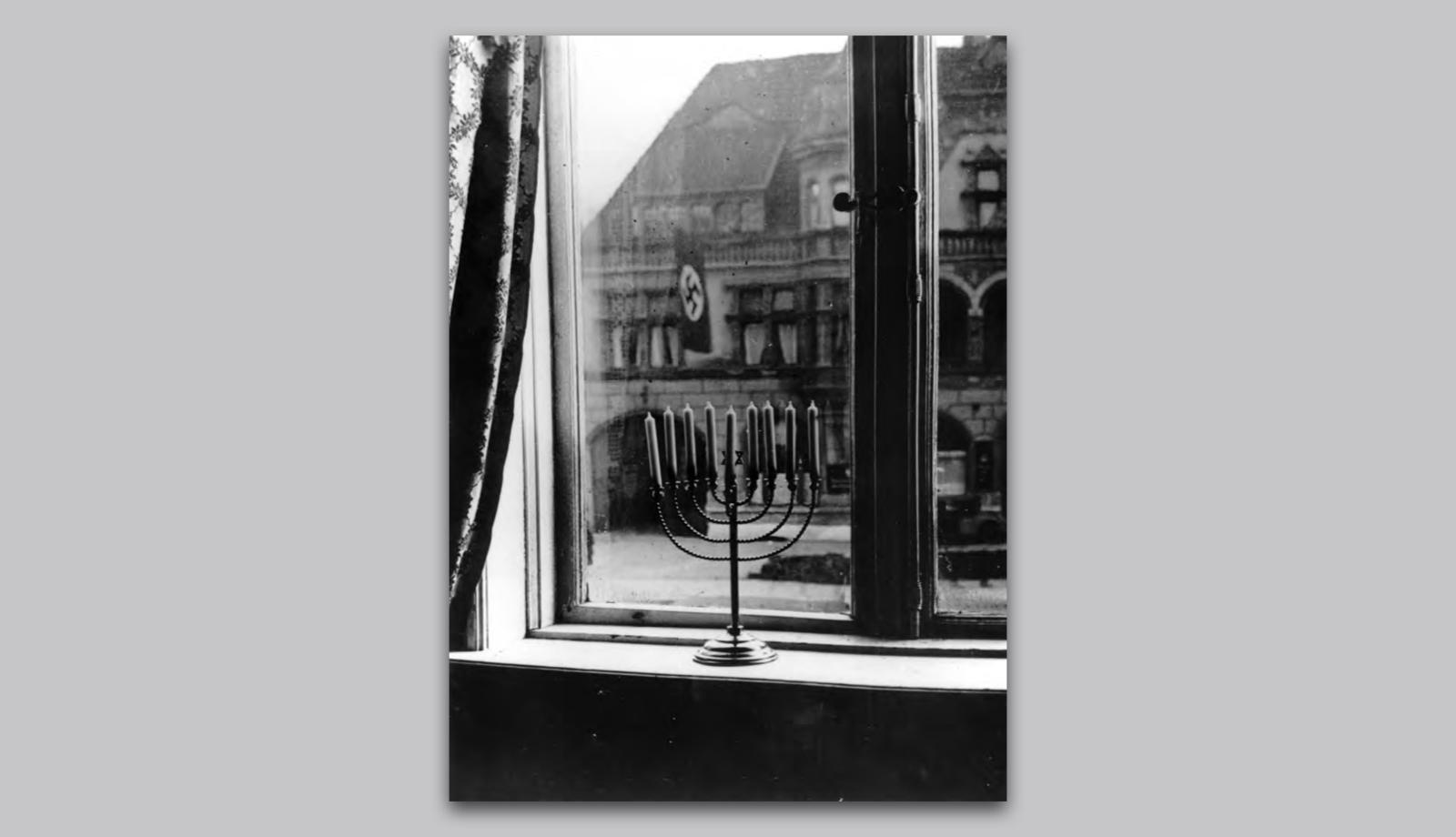 Publikation504_ReneSpitz-Designkritik_WDR5-Scala_Bilder der NS-Diktatur